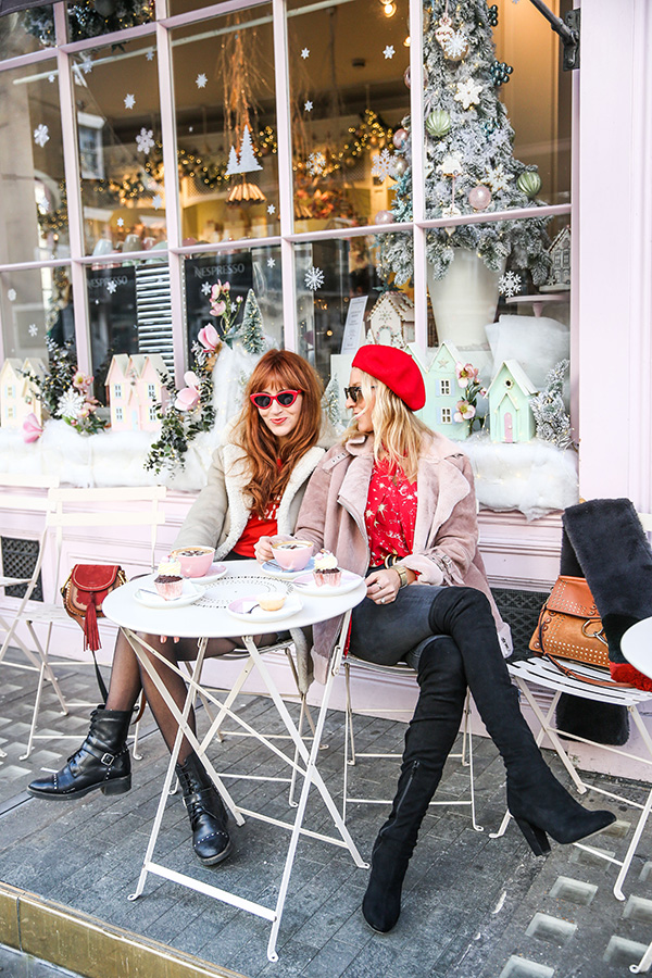Belle & bunty London fashion style bloggers influencers pink Peggy porschen cafe how to beat the Instagram algorithm
